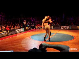 Battle Streetsatr 2011 - Final Voguin - Lasseindra Ninja Vs Anna (Winner) - Karism