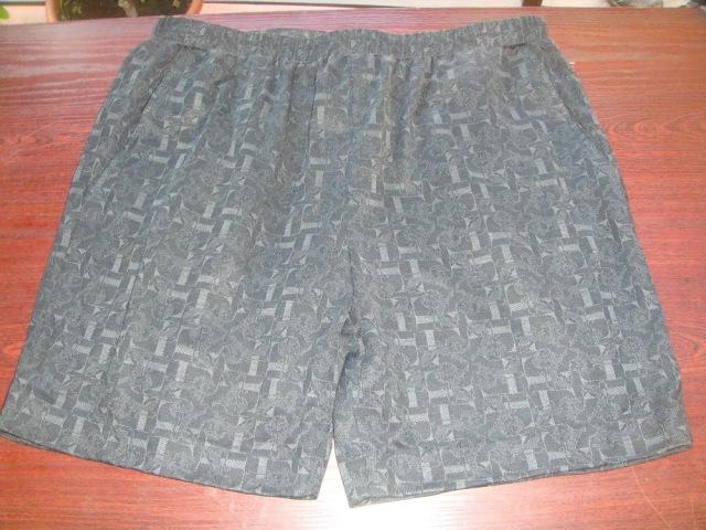 Как раскроить и сшить мужские шорты из трикотажа своими руками на канале Дела домашние