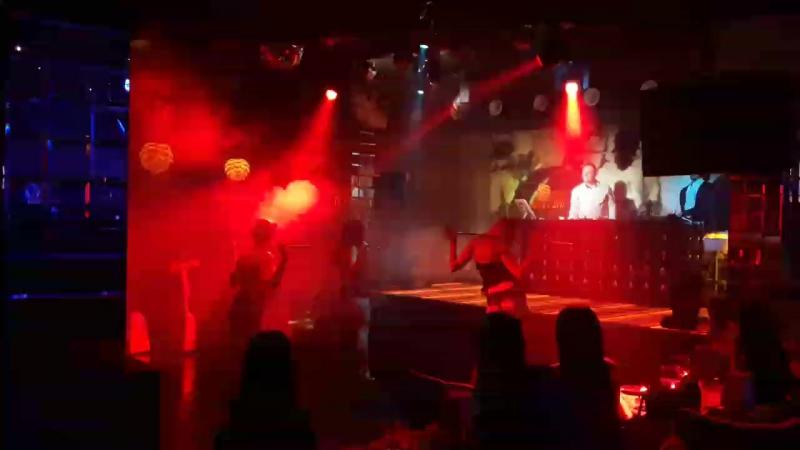 Голый Револьвер гости в клубе Охота на Облака 18.03.17