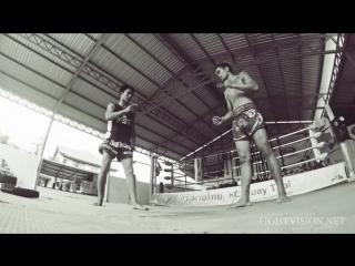 Sok Klab Combinations. Muay Thai techniques Demonstration by KC Muay Thai Chiang Mai