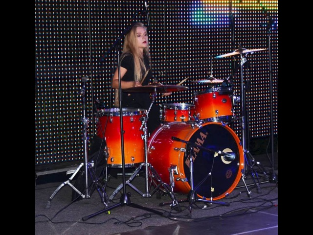 Tatyana Babenko Coldplay Shiver Drum Cover backstage video