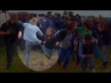 HUNGARIAN REPORTER KICKING SYRIAN REFUGEES