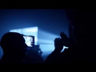 Как создавали обои для Windows 10   Для получения красивых эффектов дизайнеры использовали лазеры, светодиоды и установку, нагне