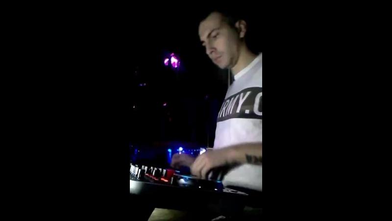 Mix live Затерянный Мир DMC.Mikki.RnD 👍🔊👯🔊😉👀❤