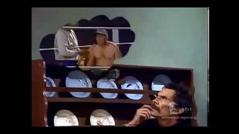 Chaves lutando boxe