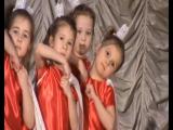 Танец принцесс.А солистка -хороша ! Василиса Чистова -внученька!!!!
