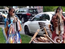 Индейцы поют красивую песню на улице Native of the andes - Ishaa