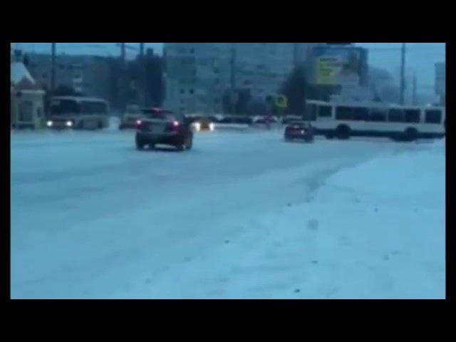 13.11.2016 Кемерово. Гололед на кольце. Дорожники не хотят работать.