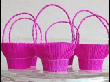 Easy basket for sweets (crepe paper and recycle plastic glass). Great ideas for Valentine's day