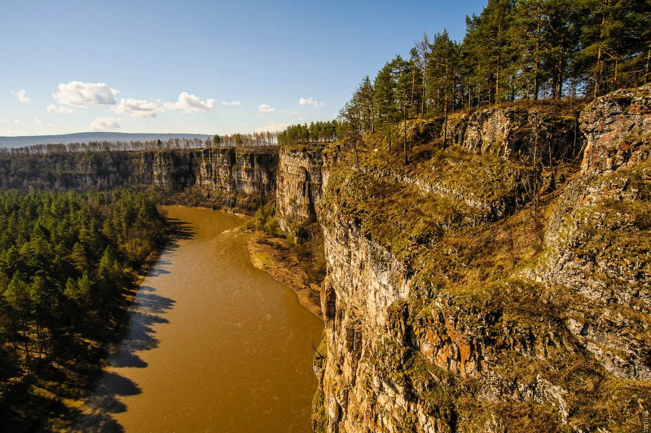 Большие Притесы на реке Ай