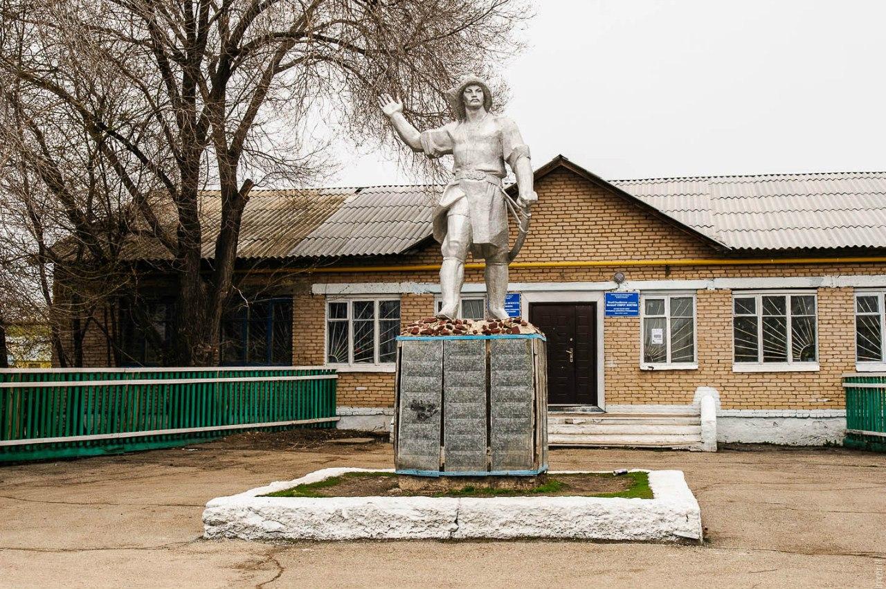 Памятник Салавату Юлаеву в селе Старый Сибай
