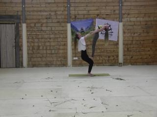II Фестиваль Акро-йоги на Алтае. Lottery Flow. Ксеня Мурзина (Новосибирск) и Аня Бондарева (Москва)