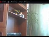 Вован ебанулся. Стоял на балконе и орал на прохожих)))