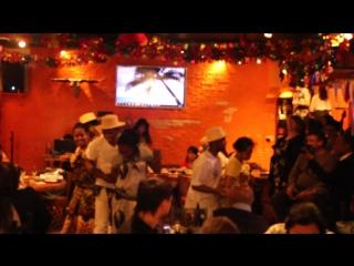 MVI_3017Итоги вечеринки мадагаскарского фестиваля в перуано-мексиканский ресторан Манито
