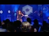 Beyoncé - Single Ladies (The Tyra Banks Show) [2008]