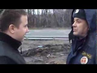 Товарищ полицейский никогда не нарушает), а если нарушает - значит это служебная необходимость.