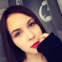 Оля Никонова