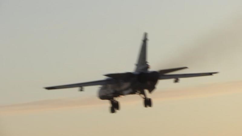 Посадка Су-24М - 16. 05. 2016 (4)