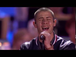 "Nick Jonas & Demi Lovato – ""America the Beautiful"" - 2016 Boston Pops Fireworks Spectacular"