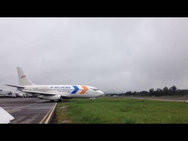 Pesawat trigana air tergelincir di bandara wamena papua tanggal 13 september 2016