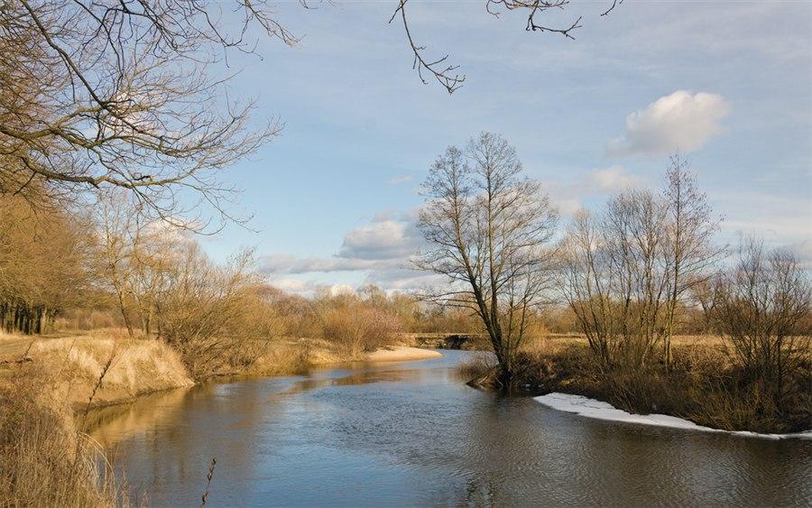 ловля на малой реке весной