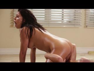 Adriana Chechik, Megan Rain