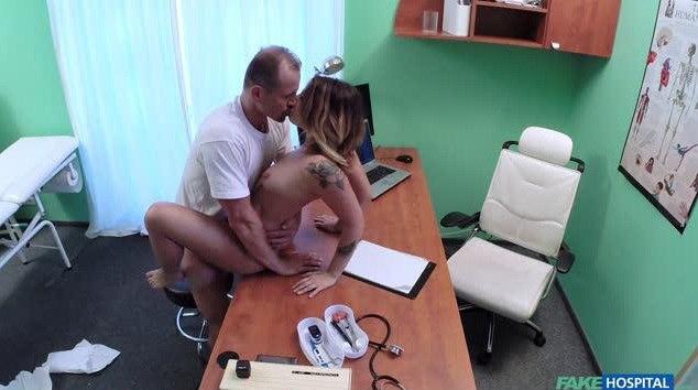 FakeHospital E262 Amy