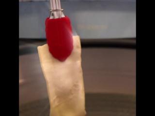 Как изготавливают кости из сыромятной кожи