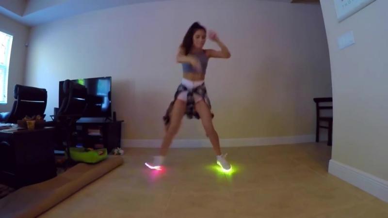 Shuffle Dance Girl: Elena Cruz