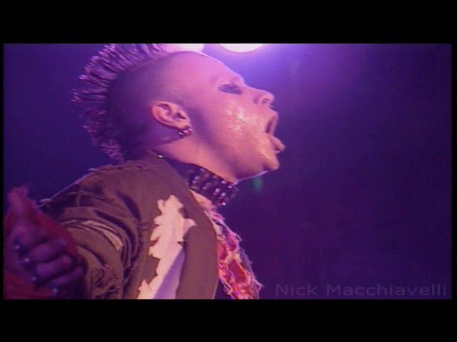 The Prodigy - Smack My Bitch Up (Live At Brixton Academy) Music Video