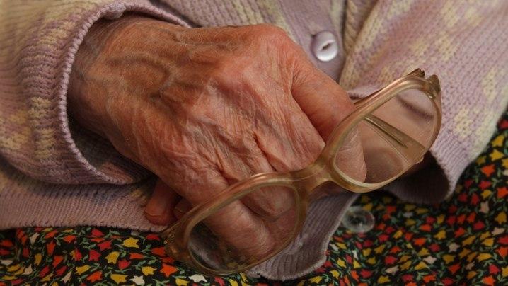 30-летний таганрожец обокрал пенсионерку в ее собственной квартире