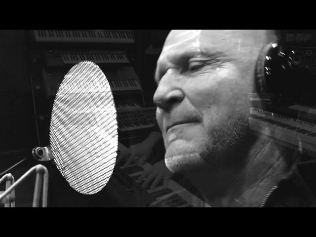 Englishman in New York Sting The Bottom 40 cover