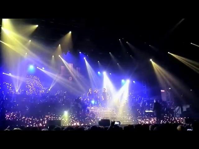 Il Volo - Il mondo (full) - live Roseto 6012016