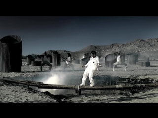 2005: Missy Elliott — «Lose Control» & «On & On» (feat. Ciara & Fatman Scoop)