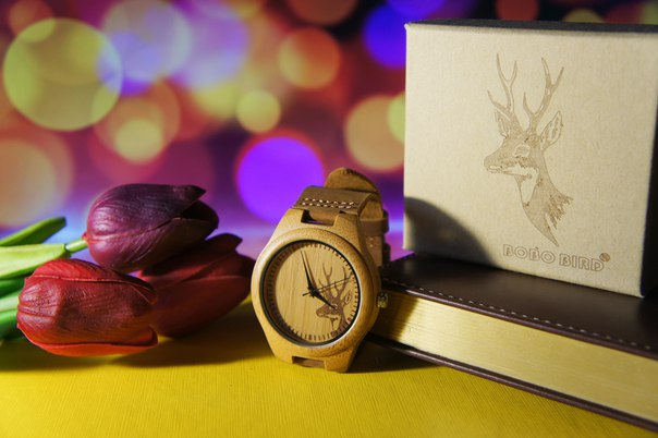 Наручные деревянные часы от Bobo Bird https://ru.aliexpress.com/item/new-gift-watch-engraved-elk-head-natural-wood-watch-with-genuine-cowhide-leather-lovers-luxury-wristwatch/32435835452.html?shortkey=zqvziv7r&addresstype=600&detailnewversion=&categoryid=200034143 Механизм часов кварцевый.