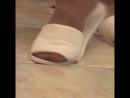 Crush fetish spa slippers