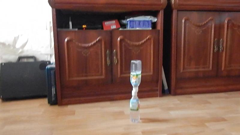 Бутылка Воды Флип Челлендж. ЭПИИИК 💦 / Water Bottle Flip Challenge. EPYCK💦 / Kasatkin Artem