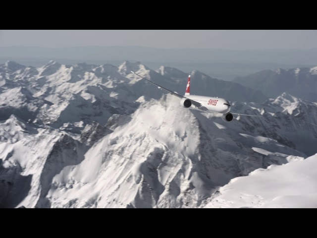 Boeing 777 above the Swiss Alps