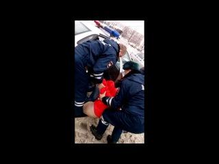 Новгородские инспекторы сломали протез инвалиду из-за тонировки
