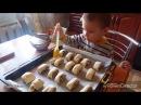 Ребенок готовит кушать  A Kid In The Kitchen  /Детские видео/Чем занять ребенка на кухне?