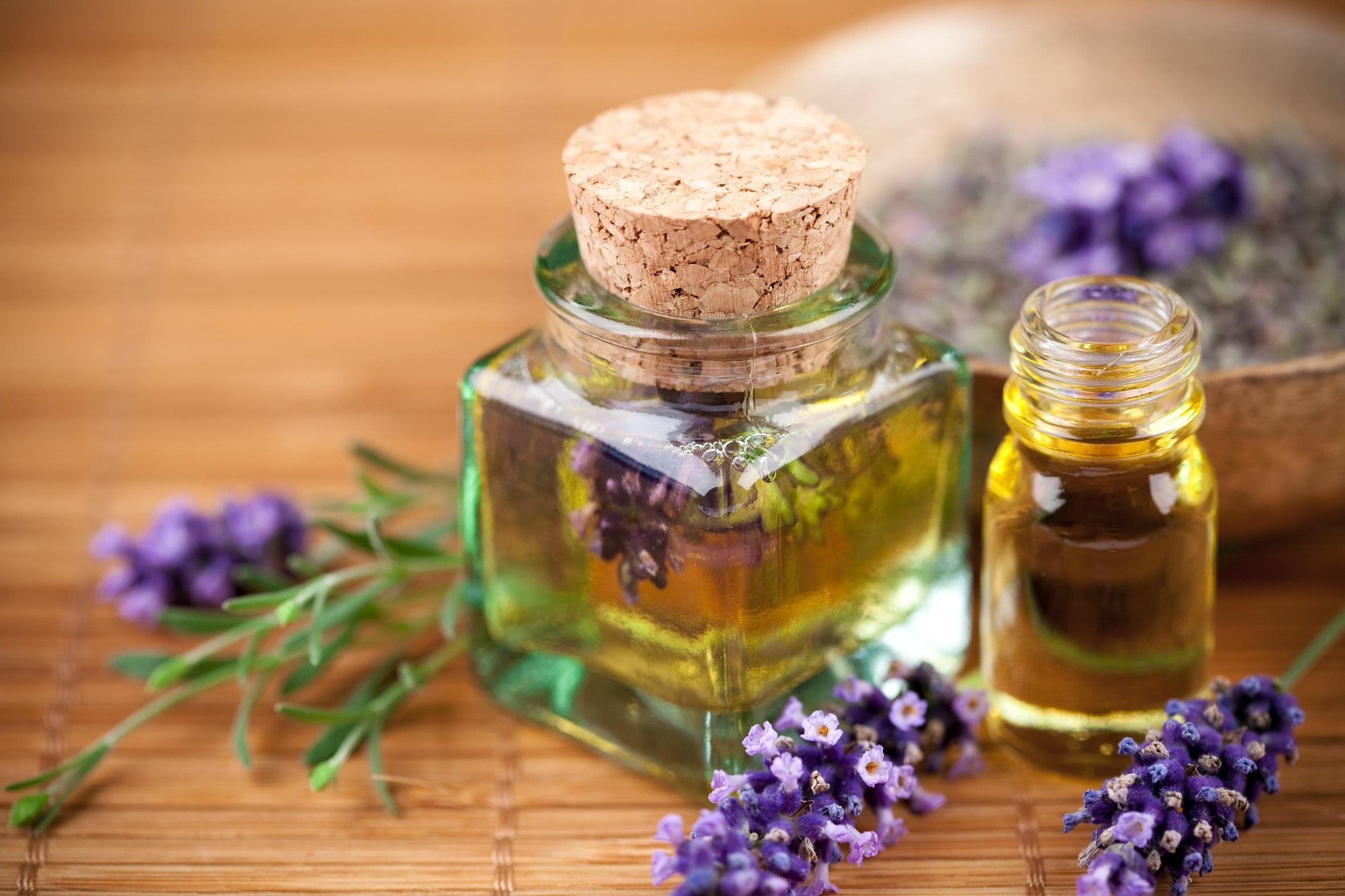 Cвязаны ли масла лаванды и чайного дерева с гормональными эффектами?