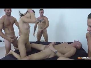 Порно creampia с толпой