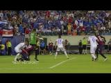 El Salvadors Henry Romero bites USAs Jozy Altidore in Gold Cup HD