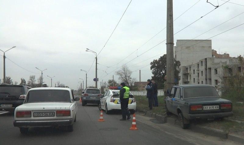 Комунальщики стали причиной аварии в Харькове (ФОТО, ВИДЕО)