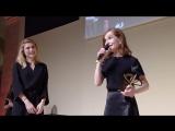 Nouvelle consécration pour Isabelle Huppert | Изабель Юппер