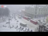 Киров тонет в снегах