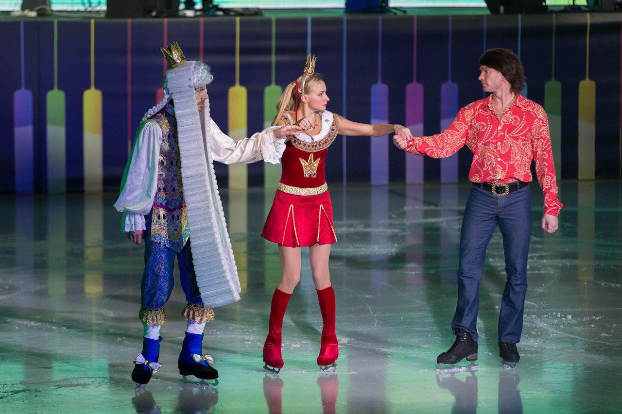 Ледовые шоу Ильи Авербуха *Мама*, *Малыш и Карлсон*, *Рождественские встречи*, а также различные новогодние шоу на льду - Страница 6 ETbelXqIr-0