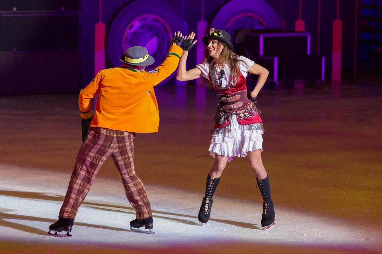 Ледовые шоу Ильи Авербуха *Мама*, *Малыш и Карлсон*, *Рождественские встречи*, а также различные новогодние шоу на льду - Страница 6 W3LQyXg46ck
