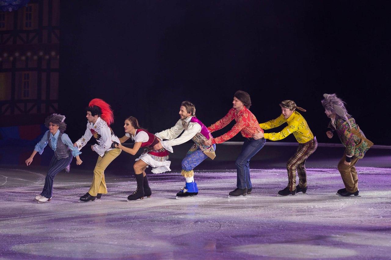 Ледовые шоу Ильи Авербуха *Мама*, *Малыш и Карлсон*, *Рождественские встречи*, а также различные новогодние шоу на льду - Страница 6 IxDG4YUKF-w