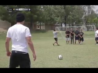 Как выглядела бы FIFA 17 в реальной жизни)